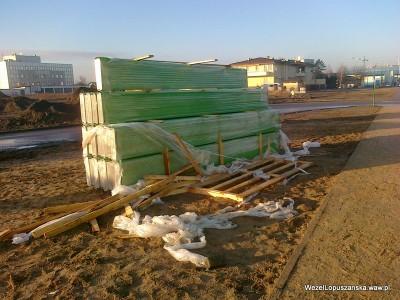 2011.12.28 - Węzeł Łopuszańska - nowe zielone ekrany akustyczne