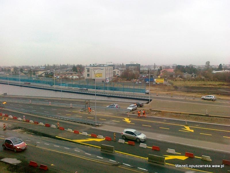 2011.12.30 - Węzeł Łopuszańska - Aleje Jerozolimskie w stronę centrum otwarte