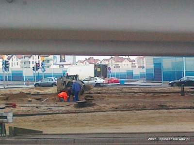 2012.01.02 - Węzeł Łopuszańska - prace przy studzienkach kanalizacyjnych pod wiaduktami na Łopuszańskiej