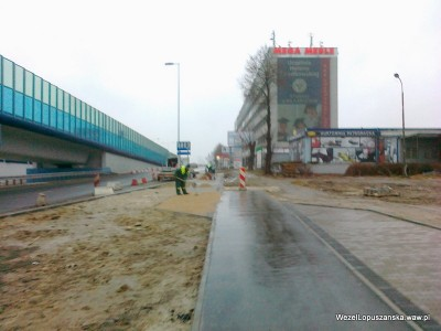 2012.01.05 - Węzeł Łopuszańska - wykańczanie dojścia do przystanku