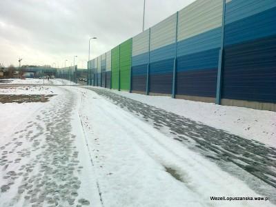 2012.01.20 - Węzeł Łopuszańska - chodnik i ścieżka rowerowa wzdłuż Łopuszańskiej