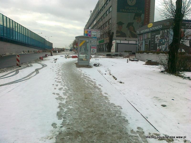 2012.01.20 - Węzeł Łopuszańska - przystanek autobusowy w alejach jerozolimskich w stronę Pruszkowa