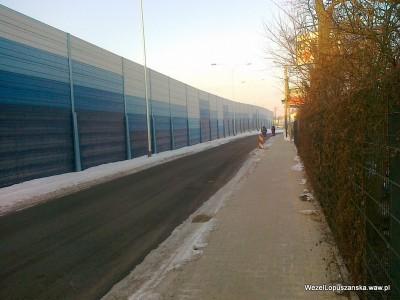 2012.02.01 - Węzeł Łopuszańska Warszawa - równolegle do ulicy Łopuszańskiej w kierunku ronda od strony centrum