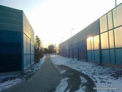 2012.02.01 - Węzeł Łopuszańska Warszawa - od ronda od strony centrum równolegle do ulicy Łopuszańskiej