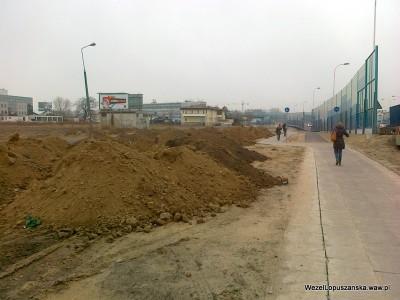 2012.03.12 - Węzeł Łopuszańska Warszawa - nowe zwały piachu równolegle do Łopuszańskiej