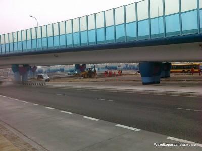 2012.03.12 - Węzeł Łopuszańska Warszawa - układanie kostki brukowej pod wiaduktami na Łopuszańskiej