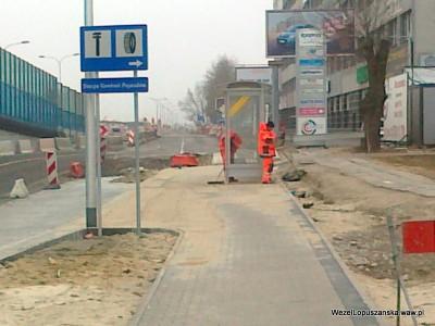 2012.03.12 - Węzeł Łopuszańska Warszawa - jeszcze nie oddany do użytku przystanek w alejach Jerozolimskich