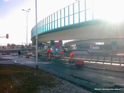 2012.03.29 - Węzeł Łopuszańska Warszawa - główna część prac po drugiej stronie barierki niewidoczna na zdjęciu