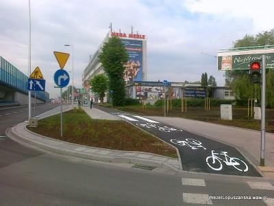 2012.06.12 - Węzeł Łopuszańska Warszawa - ścieżka rowerowa i chodnik od ronda w stronę Pruszkowa