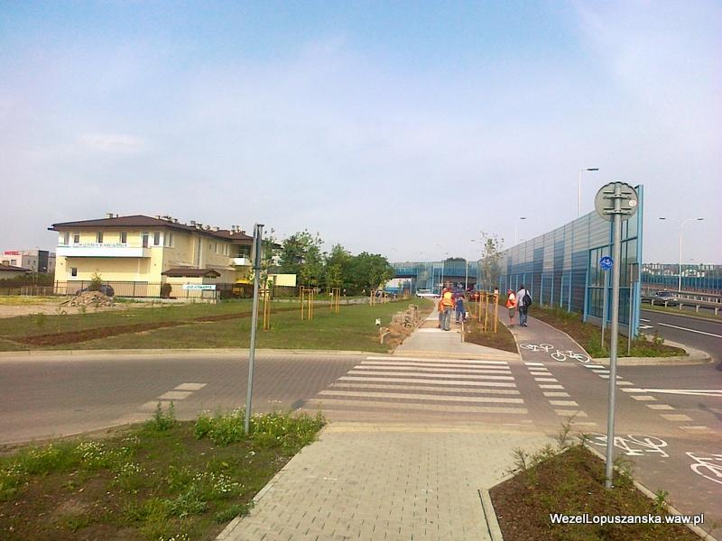 2012.06.20 - Węzeł Łopuszańska Warszawa - ponowne układanie kostki brukowej