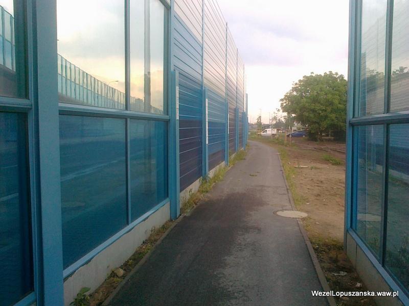 2012.06.20 - Węzeł Łopuszańska Warszawa - widok ze ścieżki rowerowej wzdłuż Łopuszańskiej